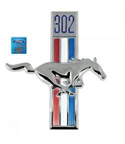 """Emblème d'aile avant droite """"Cheval + cylindrée moteur 302"""" - Mustang 1968"""